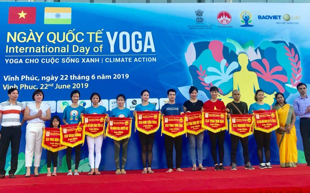 'Yoga cho cuộc sống xanh' tại Tp. Vĩnh Yên